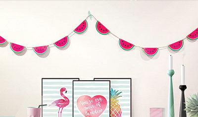 Wall Hangings & Shelf Decor