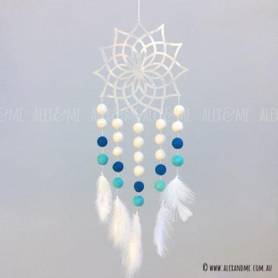 Dreamcather-Acrylic-01